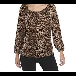Leopard print size large top and clutch